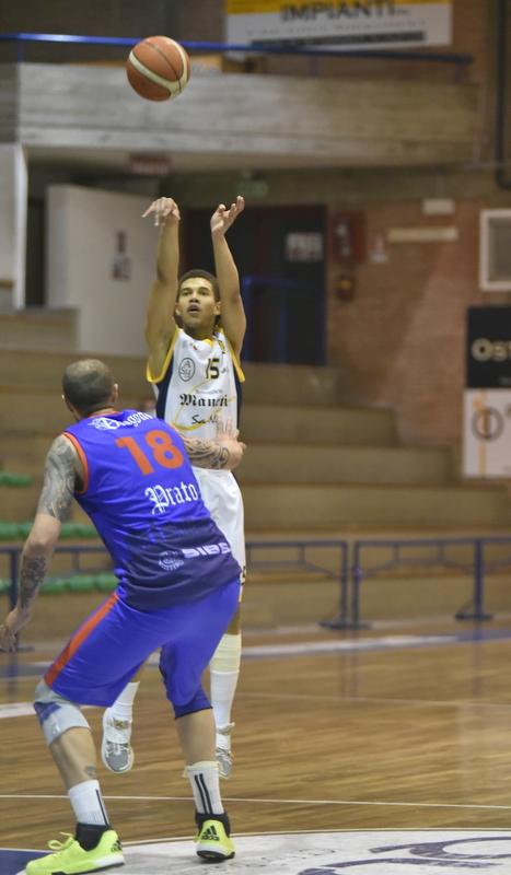 Lo Spezia Basket Club fa cadere l'imbattibilità del PalaBetti
